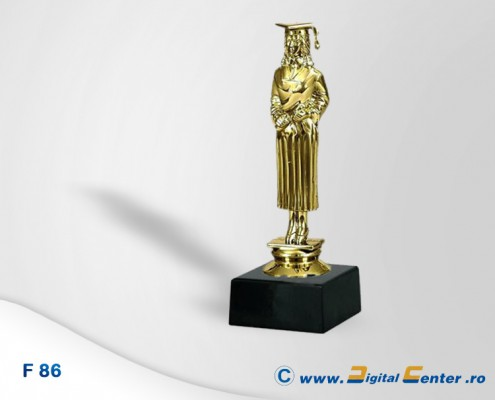 figurina trofeu absolvire